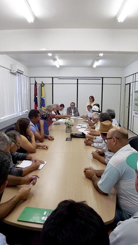 Secretário Rômulo Montenegro se reuniu com produtores da região da Borborema