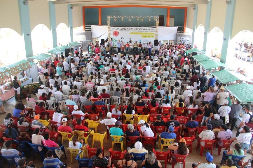 Participantes da 7 Festa das Sementes da Paixão na Paraíba